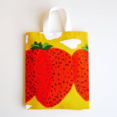 Marimekko Canvas Bag featuring Mansikkavuoret (Strawberry Mountains) pattern.