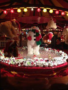 Fun and games at the Galway Christmas Market Christmas In Ireland, Irish Christmas, Christmas Holidays, Xmas, Irish Recipes, Celtic, Barn, Winter, Yule