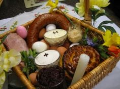 The Traditional Ukrainian Easter Basket contains the following foods:     * Paska (Easter Bread)     * Ham     * Pork (some people also add lamb and veal)     * Kovbasa     * Red Beets Vinaigrette     * Horseradish     * Boiled Eggs (including Pysanky for decoration)     * Cheese     * Butter     * Salt     * Wine (optional)