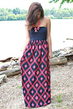 Navy & Pink Maxi Dress http://www.studentrate.com/fashion/fashion.aspx