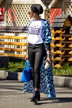 HOW TO STYLE A KIMONO #style #kimono #blue #floral #coffe #blogger #fashionblogger #styleblogger