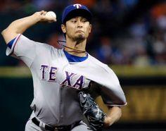 Marvin Gonzalez rompe juego perfecto a Darvish en victoria de Texas