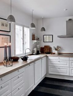 Incredible Tiny Kitchen Design Ideas For Awesome Small Home Ikea Kitchen Design, Dining Room Design, Kitchen Interior, New Kitchen, Kitchen White, Neutral Kitchen, Kitchen Decor, Kitchen Colors, Glass Kitchen Cabinets