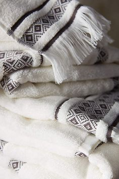 Anthropologie EU Ellsworth Striped Towel Set