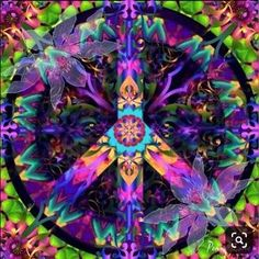 I really this picture of the kaleidoscope peace sign. I think that it looks so cool. Hippie Peace, Hippie Love, Hippie Art, Hippie Chick, Hippie Style, Peace On Earth, World Peace, Peace Love Happiness, Peace And Love
