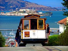 Riding the Cable Cars in San Fransisco!