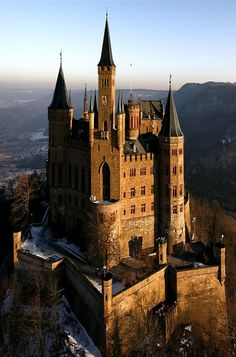 The Hohenzollern Castle in Germany. (Cool Places)