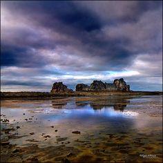 Bretagne - plougrescant - castel meur  ****  Good/Bona