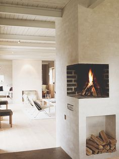 Corner wall fireplace