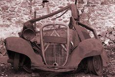 Citroen Traction Avant Art Deco Car, Automobile, Citroen Traction, Traction Avant, Rusty Cars, Abandoned Cars, 10 Picture, Rural Area, Le Mans