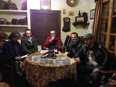 """Andrés Ortiz Tafur, con su libro """"Caminos que conduen a esto"""", presentado por Blas Prieto Sánchez, forman parte ya de las tertulias molineras del Molino Museo Alto de Santa Ana. el pasado sábado 15 de febrero."""