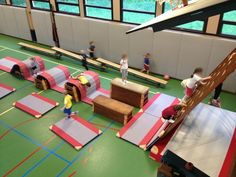 Pe Lessons, Game Resources, Kids Sports, Team Building, Physical Education, Fun Games, 21st Century, Coaching, Basketball Court