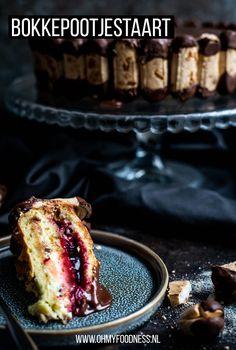Word jij ook niet blij bij het zien van deze Bokkepootjestaart? Zachte cake, vulling van jam en room, chocolade en dan die heerlijke bokkepootjes... Het recept vind je hier!