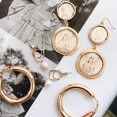 Bottle Charms Jewelry Pendants Diy Jewelry Accessories for Necklace & Bracelet Making Enamel Charms - Custom Jewelry Ideas Dainty Jewelry, Cute Jewelry, Gold Jewelry, Jewelry Accessories, Fashion Accessories, Fashion Jewelry, Jewellery, Fashion Clothes, Fashion Fashion