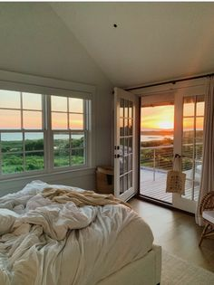Dream Rooms, Dream Bedroom, Aesthetic Room Decor, Dream Apartment, My New Room, House Rooms, My Dream Home, Future House, Living Spaces