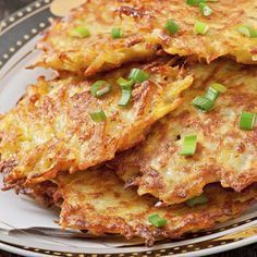 Food and Drink on Share Sunday Potato Recipes, Veggie Recipes, Mexican Food Recipes, Vegetarian Recipes, Ethnic Recipes, German Potato Pancakes, German Potatoes, Fish Dishes, Finger Foods