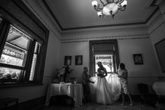 At Twenty One Studio Melbourne, our team of wedding photographers focuses on creating authentic & beautiful wedding photography so you can cherish for years to come.