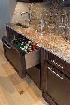 Kitchen Photos Wet Bars Design Ideas, Pictures, Remodel, and Decor - page 17