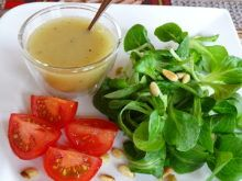 Zálievky do šalátov - Mňamky-Recepty. Vinaigrette, Quick Easy Meals, Cantaloupe, Health Tips, Nutella, Salads, Protein, Food And Drink, Low Carb
