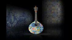 Guitarra portuguesa com azulejos