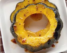 Honey-Roasted Acorn Squash Rings: View this and hundreds of other vegetarian recipes in the @The New York Times Eat Well Recipe Finder.