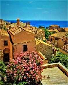 Monemvasia Santorini, Monemvasia Greece, Road Trip, Destinations, Wanderlust, Homeland, Land Scape, Grand Canyon, Sailing