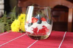 Na Cozinha da Té:  Sobremesas de Verão Gelatina com iogurte e fruta ...
