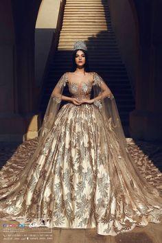 A regal bridal gown adorned with threads of gold (Parukeri Estetike Merita) Dream Wedding Dresses, Bridal Dresses, Elegant Dresses, Pretty Dresses, Ball Dresses, Ball Gowns, Prom Dresses, Fantasy Dress, Beautiful Gowns