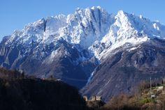 #Panorama del #Castello di Cimbergo e della Concarena innevata, in media #ValleCamonica! Gennaio 2014