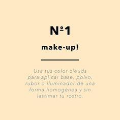 La primera forma en que puedes usar tus Color Clouds es para aplicar base liquida en crema o el corrector!! Recuerda que pueden usarse mojadas o secas dependiendo del efecto que puedas lograr! #toystyle #colorclouds #makeuptips