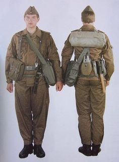 Combat equipement of the East-German soldier Kampf Ausrüstung des Ost-deutschen Soldaten