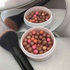 Fantastic look with these Bronzing pearls! Give your skin an instant sun-kissed glow. Tinted Moisturizer -Used by professional MUA's. Make Up Artists ⭐️ anti-aging ingredients,… Lip Plumping Balm, Bronzing Pearls, Eyelash Serum, Beauty Guide, Tinted Moisturizer, Color Correction, Dog Food Recipes, The Balm, Makeup Tips