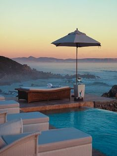 Hermanus - Cape Town, South Africa I think This is what I need... a vaca someplace quiet and lovely