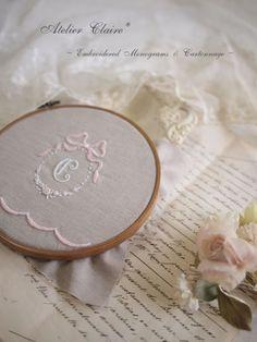 Clairecloset~Embroidery&Cartonnage~*イニシャル刺繍のカルトナージュ*※上のモノグラム刺繍はアトリエ名のイニ...