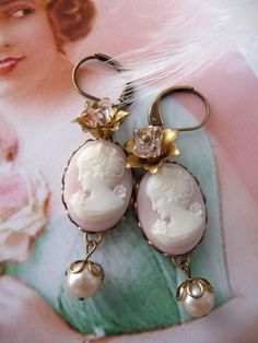Marcelline II Earrings - Victorian Marie Antoinette Style earrings with pink cameos flowers and pearls (SD0307)