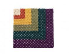 Corner Granny Afghan (Crochet)