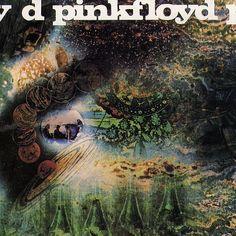 A Saucerful of Secrets è il secondo album dei Pink Floyd. La nascita dell'album coincide con il declino dello stato mentale di Syd Barrett, indiscusso leader della band e chitarra solista fino all'ingresso di David Gilmour nei Pink Floyd.  Data di uscita: 29 giugno 1968 Artista: Pink Floyd Case discografiche: EMI, Fame, Columbia Records, Capitol Records, EMI Pathé Marconi
