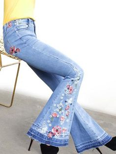 Casual jeans women denim flare pants 2018 spring summer fashion shinny embroidered jeans plus size feminino blue bottoms Casual Jeans, Slim Jeans, Jeans Pants, Outfit Jeans, Skinny Jeans, Hippie Jeans, Elastic Jeans, Estilo Jeans, Denim Fashion