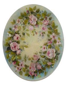 Couronne de roses Petit Trianon © Atelier Flont