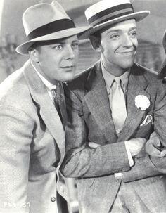 "Gene Raymond y Fred Astaire en ""Volando Hacia Río de Janeiro"" (Flying Down To Rio), 1933"