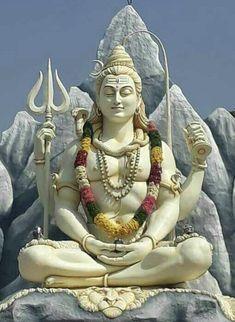 Shiva is a pan-Hindu deity, revered widely by Hindus, in India, Nepal and Sri Lanka Lord Shiva Statue, Lord Shiva Pics, Lord Shiva Hd Images, Lord Shiva Family, Shiva Shakti, Shiva Parvati Images, Shiva Art, Shiva Linga, Lord Shiva Hd Wallpaper