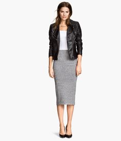 Product Detail | H&M DE -grey pencil skirt, white top, black lether and boots