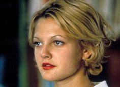 Trends that should NEVER repeat--my fav is this thin eyebrow hahaha! Drew Barrymore Style, Thin Eyebrows, Oil Free Makeup, Lots Of Makeup, Beauty Studio, Young And Beautiful, Beauty Trends, Good Skin, Skin Care Tips