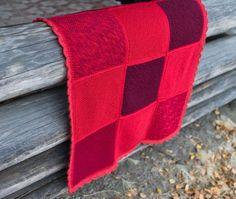 Punainen tilkkupeitto (via Bloglovin.com )
