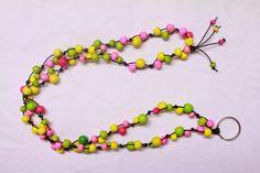 Amalian blogi: TSI-ohje, Avainnauha puuhelmistä Key Necklace, Beaded Necklace, Silver Foxes, Crafty Craft, Holidays And Events, Cool Kids, Diy And Crafts, Helmet, Beads