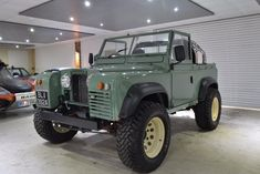 Looking for used Land Rover Defender cars? Find your ideal second hand used Land Rover Defender cars from top dealers and private sellers in your area with PistonHeads Classifieds. Defender Car, Land Rover Defender, Jeep Scout, Land Rover Series 3, Beach Cars, Offroader, Expedition Vehicle, Automobile, Vw T1