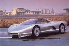 Another american concept car. This was one of the first cab forward design studies.