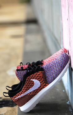 "Nike Flyknit Roshe Run NM ""Multiple Color"""
