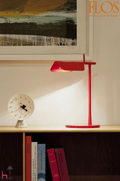 Tab T by Flos is a table lamp characterized by a simple and essential design. Task Lighting, Office Lighting, Modern Lighting, Lighting Design, A Table, Table Lamp, Interior Inspiration, Design Inspiration, Minimalist Interior