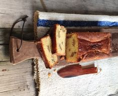 Torta alle noci e miele - Csaba dalla Zorza Plum Cake, Favorite Recipes, Drink, Eat, Cooking, Kitchen, Desserts, Food, Fantasy